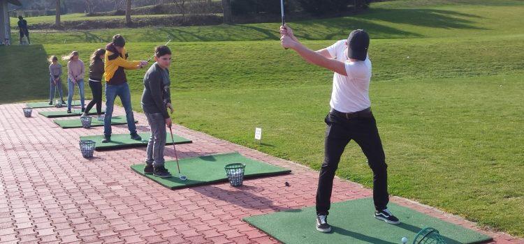 """""""Bilderbuchstart"""" der Golf AG"""