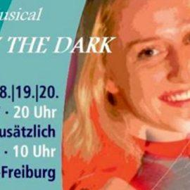 "9a im Musical "" Lady in the dark"""